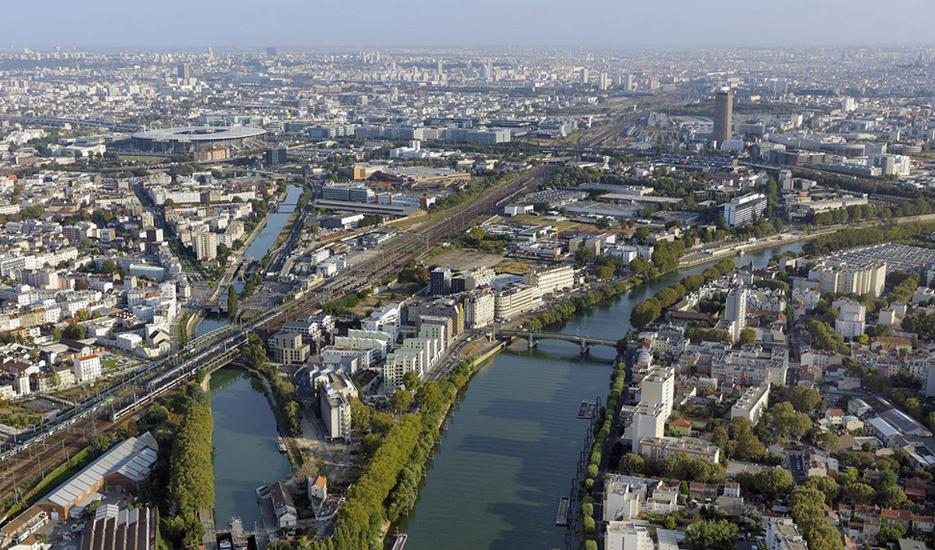 Vue aérienne sur Saint-Denis (93) © ph.guignard@air-images.net