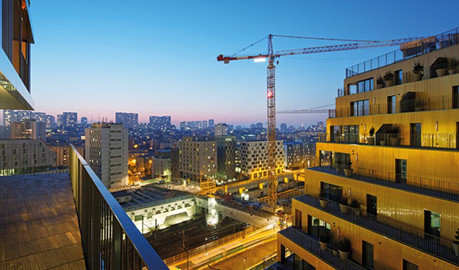 Vue depuis le bâtiment «Home» de la ZAC Masséna vers l'ensemble des tours du 13e © Takuji Shimmura