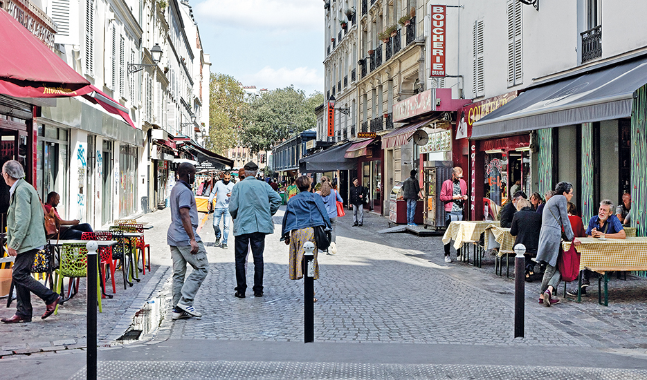 Ambiance commerciale rue de l'Olive QPV La Chapelle - Évangile - Paris 18e © Apur - David Boureau