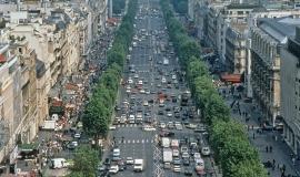 Point de vue sur les Champs-Elysées avant la réhabilitation de 1999 © Marc Vermille - Mairie de Paris