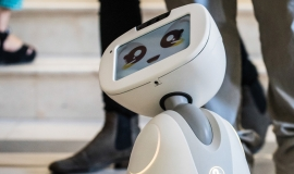 Robot « Buddy » © Dan Taylor Heisenberg Media