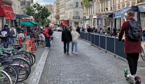 Rue des Abbesses (18e), juin 2020 © Apur - Patricia Pelloux
