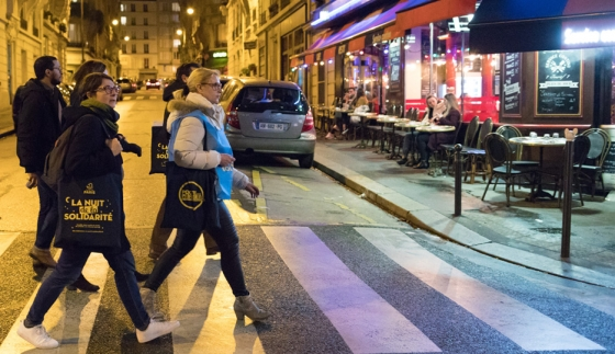 A team of volunteers on the 2019 Night of Solidarity on the evening of the survey © Guillaume Bontemps/Ville de Paris