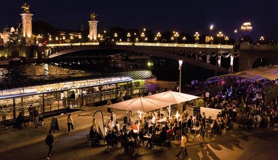 Berges de Seine rive gauche au niveau du Pont Alexandre III © Jean-Baptiste Gurliat – Mairie de Paris