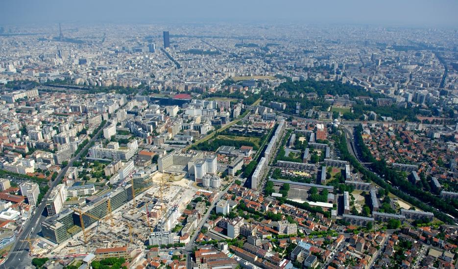 Vue aérienne de la Métropole du Grand Paris © ph.guignard@air-images.net